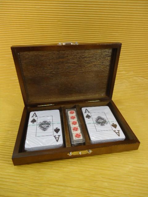 KTJG-42 Estojo Poker